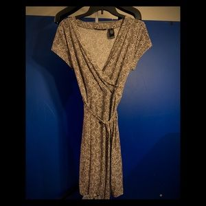 Axcess dress rich brown and white